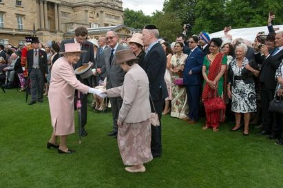Garden-Party-at-Buckingham-Palace-2