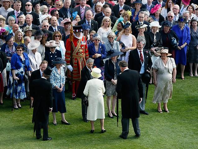 queen-garden-party-2015-1